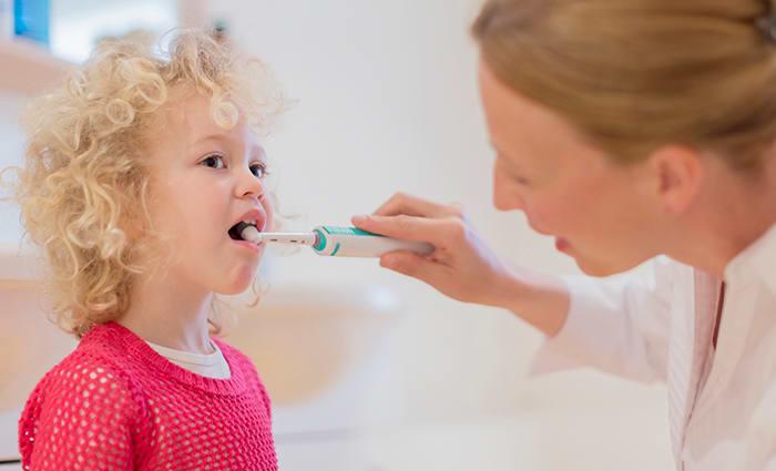 Подобрать детскую электрическую зубную щетку